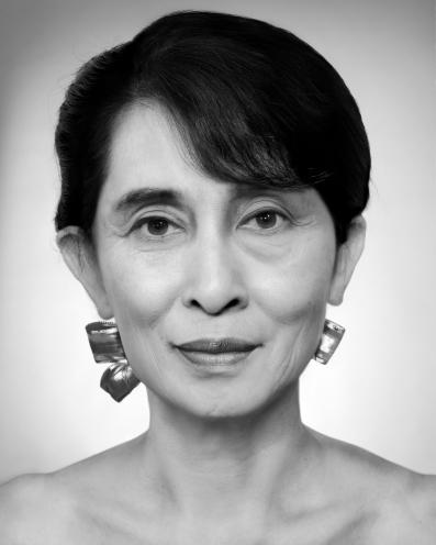 ZHANG Wei_Artificial Theater-The leader Aung San Suu Kyi_2011_Photo Rag_113x93x7cm